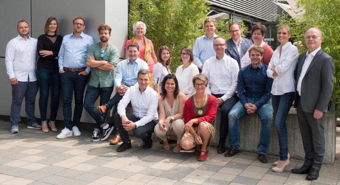 Foto mit allen Mitarbeitern des Medical Valley